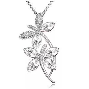 ❤️must bundle❤️ dragonfly necklace